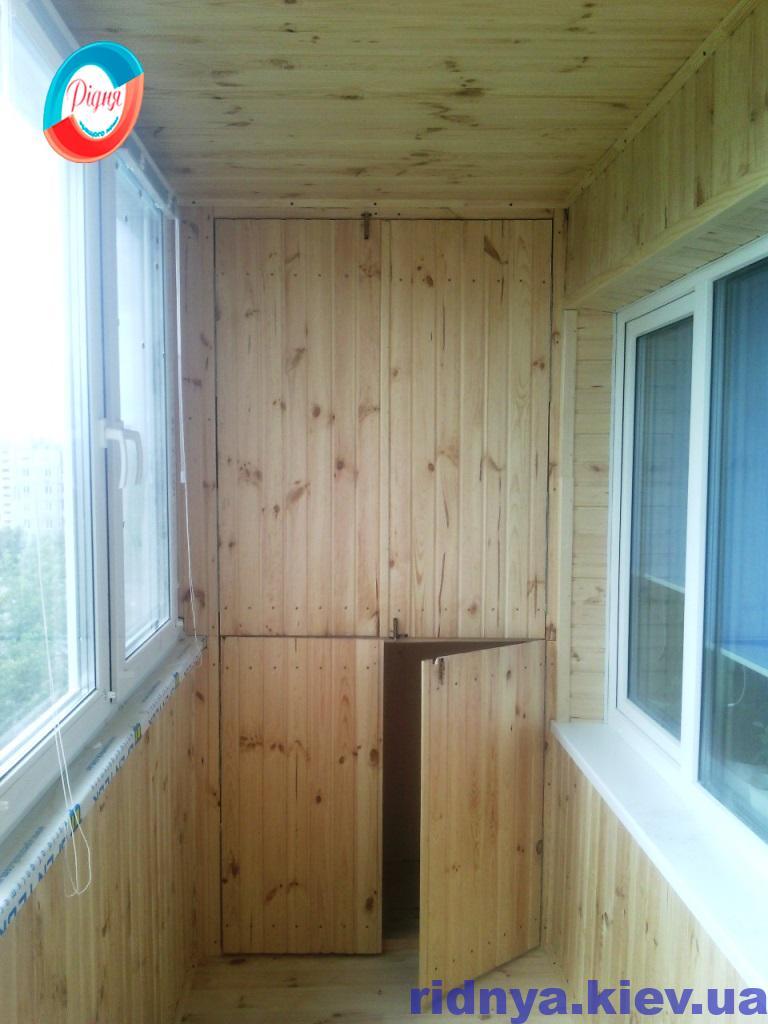 Шкафы на балкон - фото компании Ридня