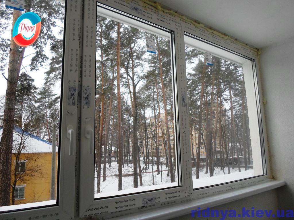 Застеклить балкон стеклопакетами недорого в Киеве