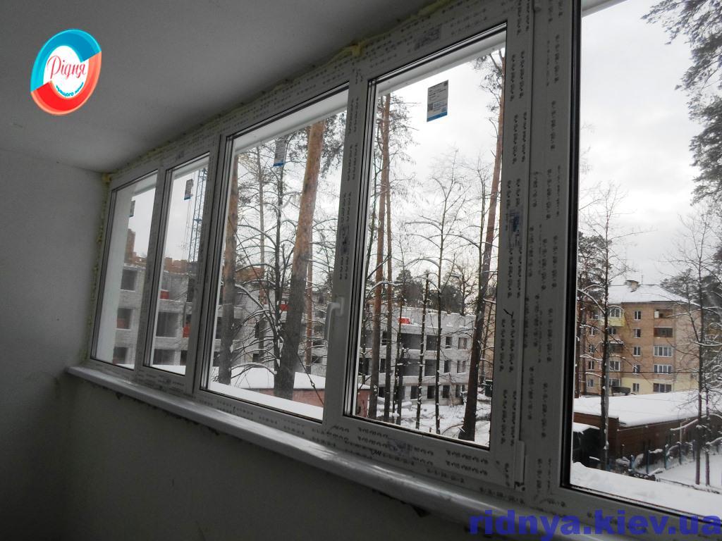 Застеклить балкон в Киеве недорого - фирма Ридня