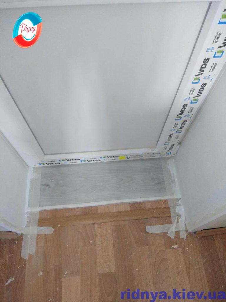 Штукатурка відкосів вікон і дверей - фото компанії Рідня