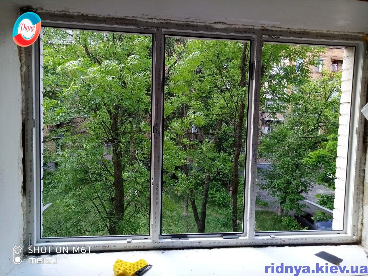 Установка окон пластиковых в Киеве ул. Метростроевская 11А