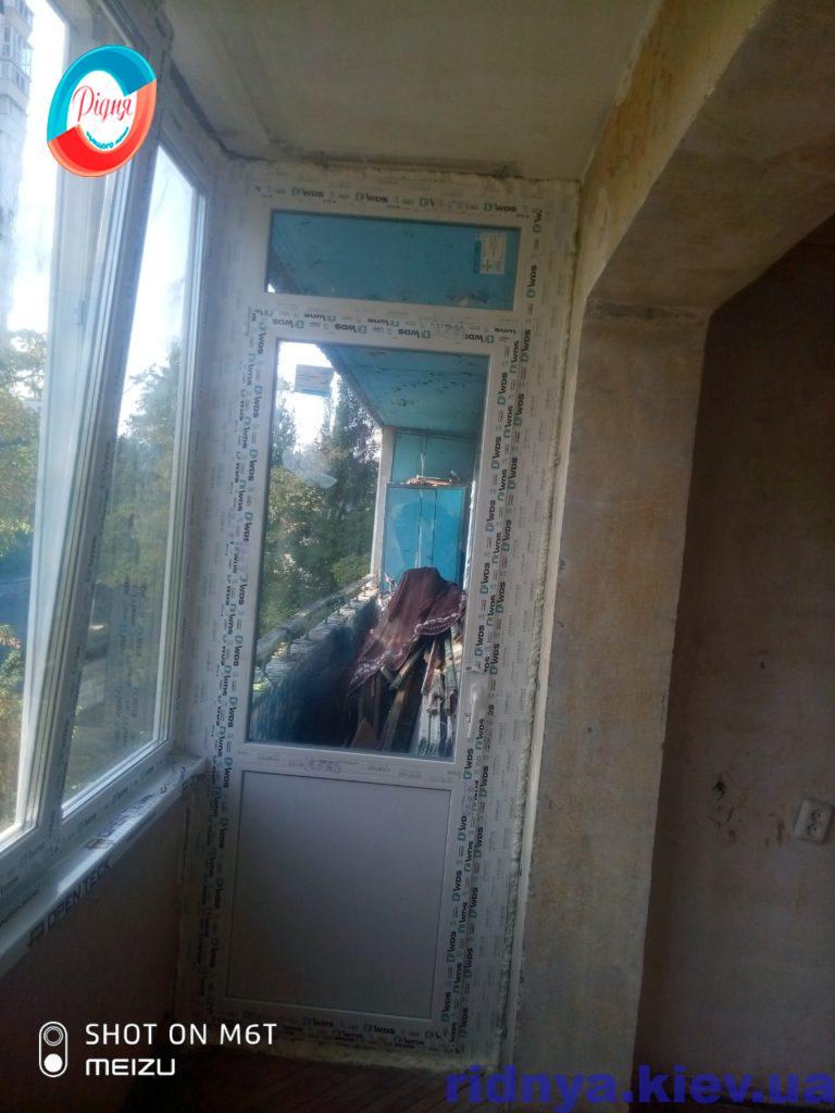 Балкон в Чешке Киев ул. Ивана Миколайчука, 17/1