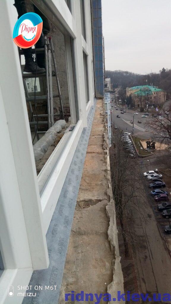 Металлопластиковые окна Rehau Geneo в Киеве бригадой 13