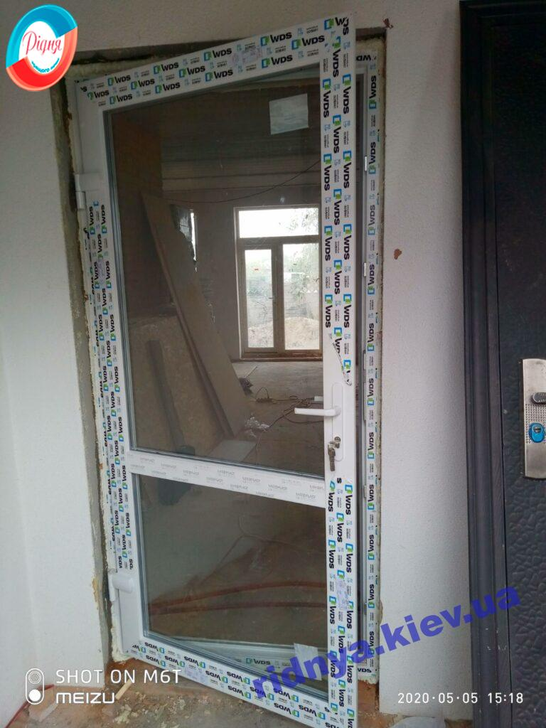 Пластиковая межкомнатная дверь WDS фото работы 4 бригады