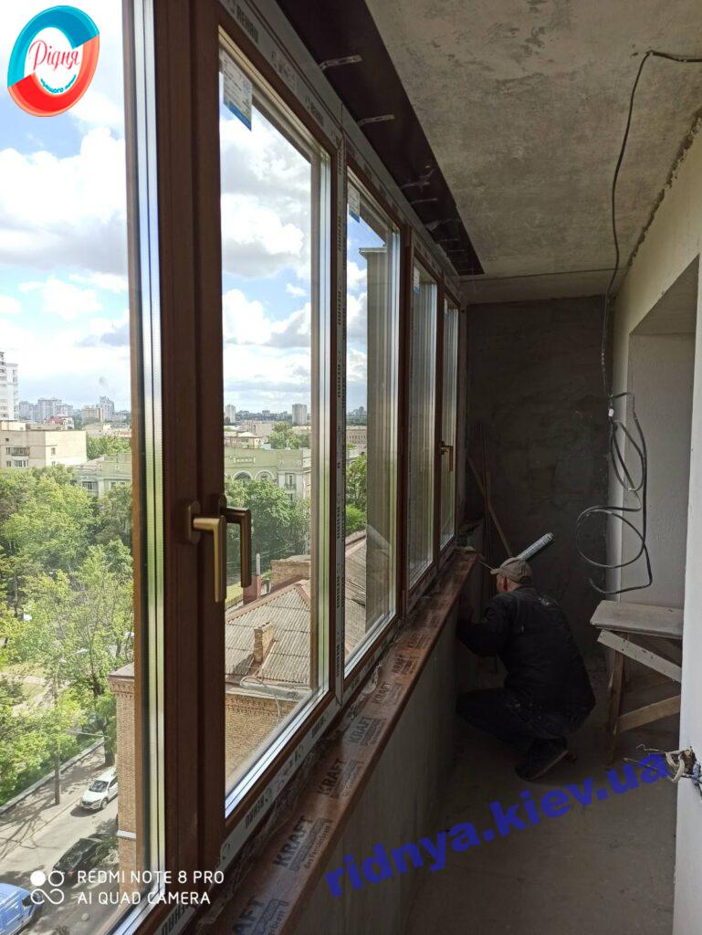 Ламинированный балкон Rehau Киев на ул. Деревлянская 2/6 фото 16 бригады
